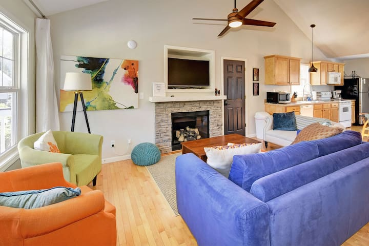 Southern Lights 56 - Decorated for the holidays 2020! Pet friendly with fee
