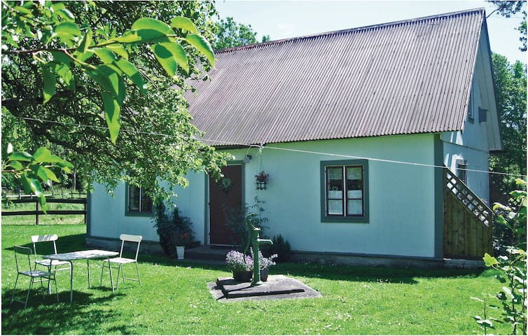 Holiday cottage with 1 bedroom on 40m² in Visby