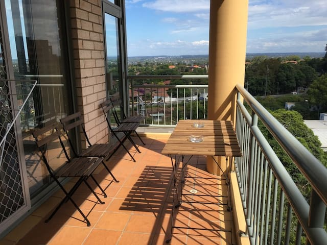New furnished home at Hurstville - Hurstville - Apartment