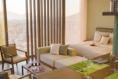 Serviced Apartment/37m2/Beachfront!!!/A+ Location - Sơn Trà - 酒店式公寓