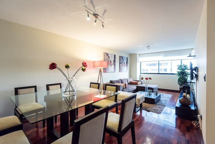 Appartment in the heart of Miraflores - Miraflores - Apartment