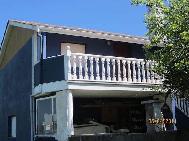 Alquiler casa vacacional Occidente de Asturias - El Franco - House