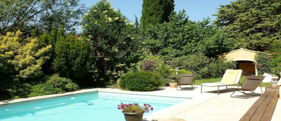 Belle maison sur Eguilles, proche d'Aix en Pce