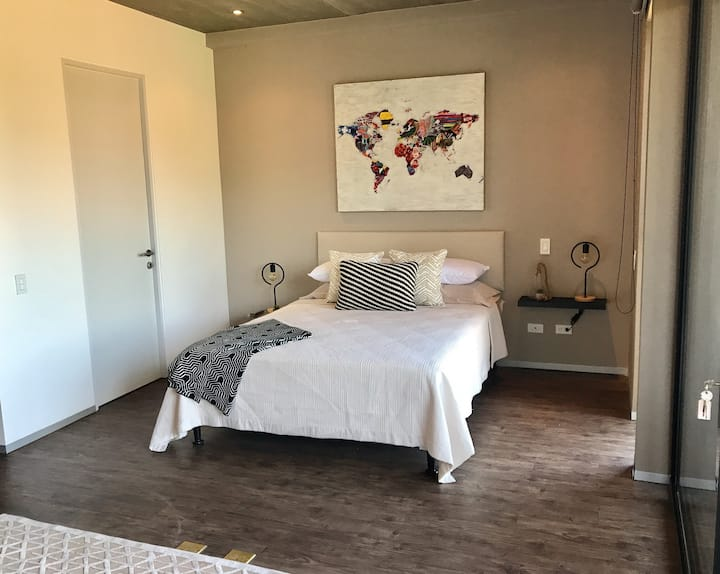 MODERN, NEW and FULLY equipped studio with pool