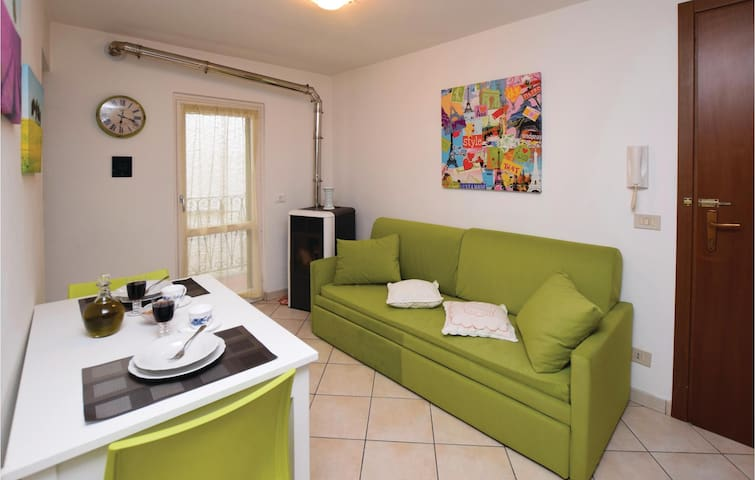 Holiday apartment with 1 bedroom on 30 m² in Borgomaro (IM)