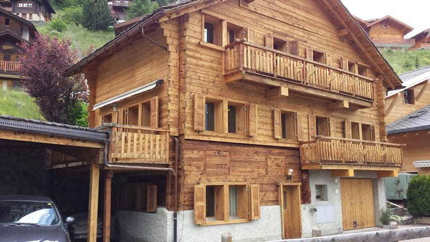 Le Miezor - Grimentz - Chatka w górach