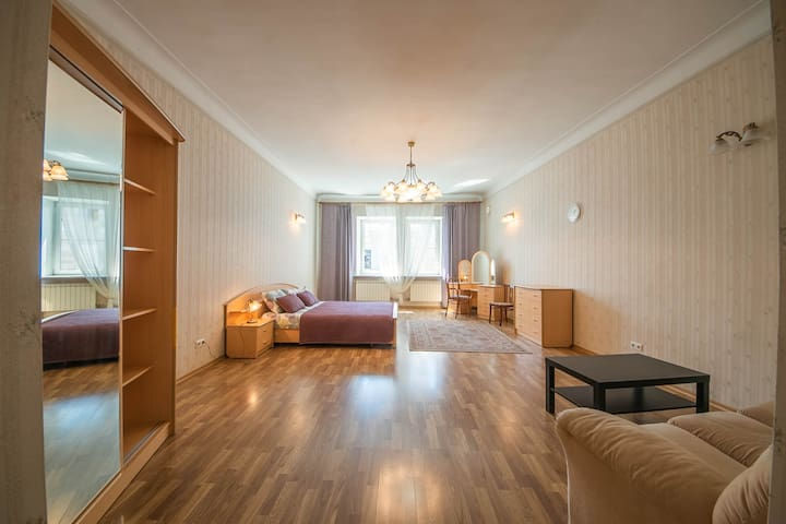 Two bedroom flat with balcony views over Nevsky