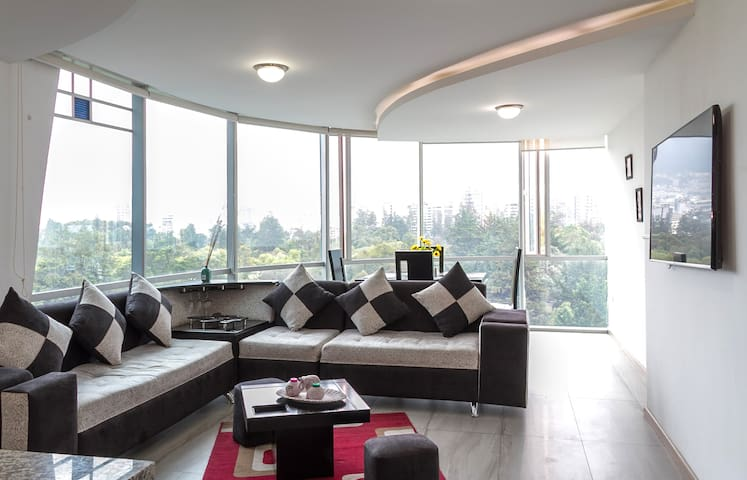 ALL IN ONE*LUXURY*SAUNA*WIFI*3BR* - Quito - Apartamento