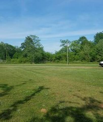 RV PARKING NEAR OKV INDIAN MOUNDS..PRIVATE & SAFE