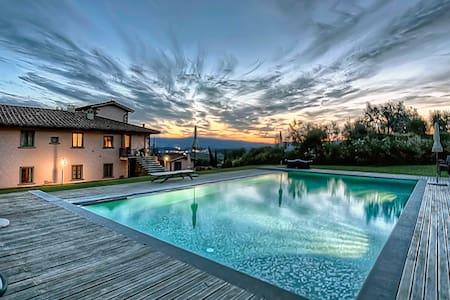 Apt in Villa,pool,Spa, Chianti view - Loro Ciuffenna - Wohnung
