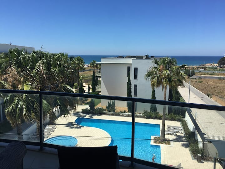 Cavalo Preto Beautiful Seaview Apartment