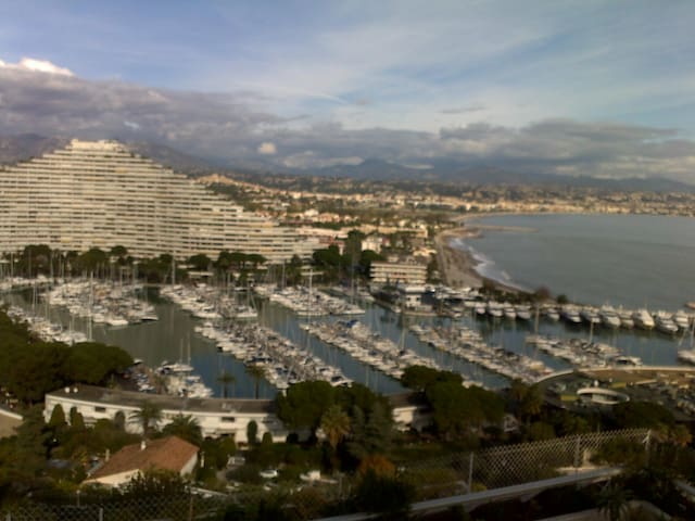 French Riviera  B&B for 2 on beach panoramic view - Villeneuve-Loubet - Bed & Breakfast