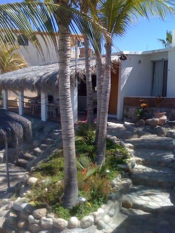 Casa Manana, Cozy Baja Cabin