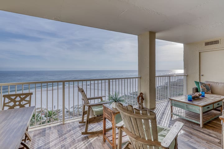 Updated, Gulf-front condo w/ spectacular views, an indoor pool, & beach access!