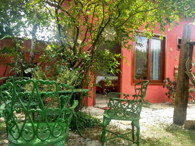 Suite em Prado entrada independente