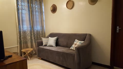 Cool and breezy coastal apartment in Nyali