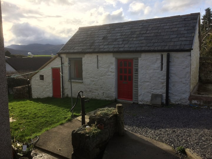 The Bothy, Llanddoged, Conwy Valley