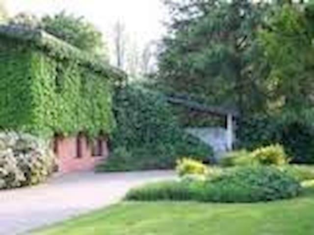 Casa Breta, stupenda villa immersa nel verde - Cervignano del Friuli - Bed & Breakfast