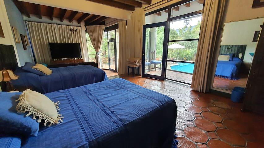 Suite Principal con acceso directo a la piscina