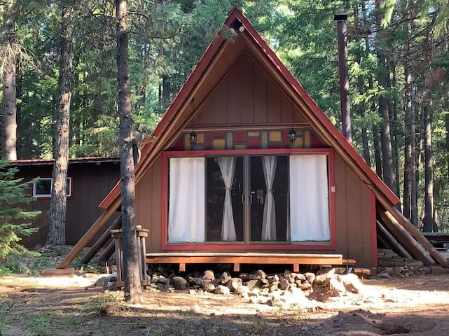 Your New Favorite Get-A-Way: Cabin in the Woods