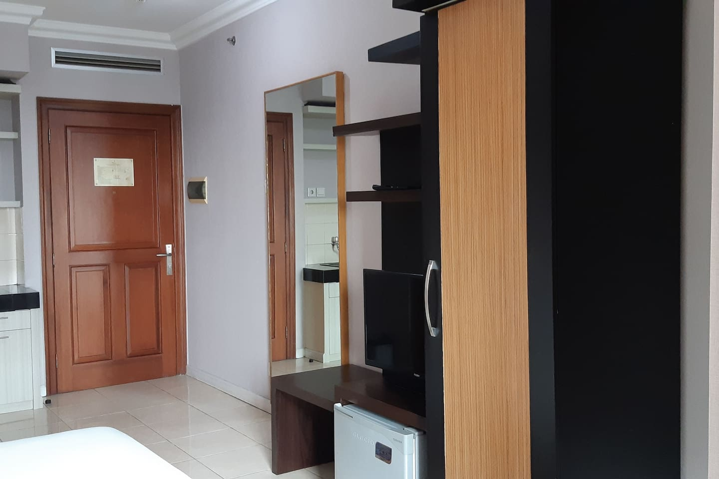 G Stbdi -newly refurnished studio at popular place