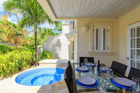 Tranquil home near Mullins Beach **Discounted**