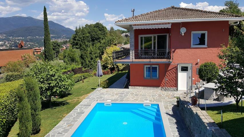 """Casa """"Rosselli"""" mit Pool, Lago Maggiore"""