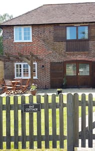 Oat cottage,  chiddingly, Lewes - East Sussex - House