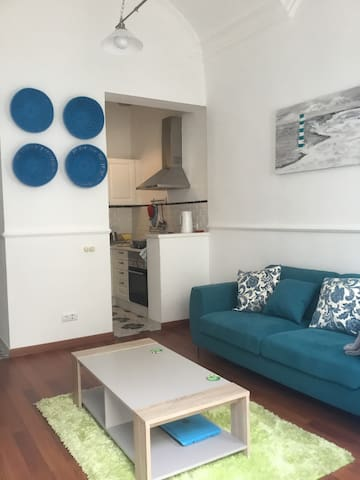 Stunning 2 bed 2 bath cottage in great location - Olhão