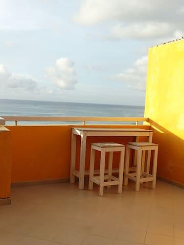 VUE SUR MER... au calme - Dakar - Lägenhet