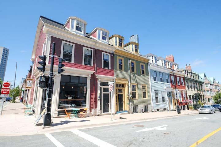 Heritage Loft-Style Apartment on Halifax Boardwalk