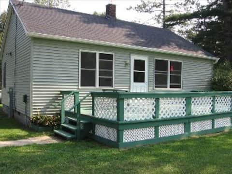 Cottage on Cedar