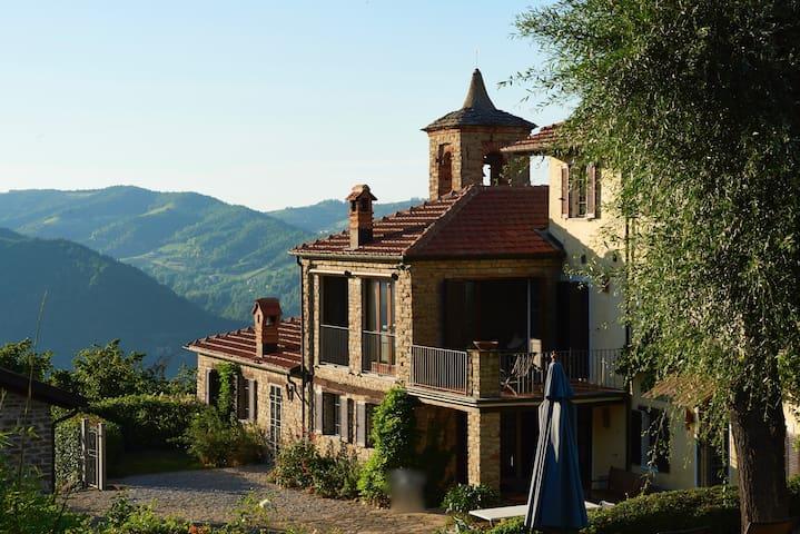 Casa Annunziata in den Langhe, nahe Alba