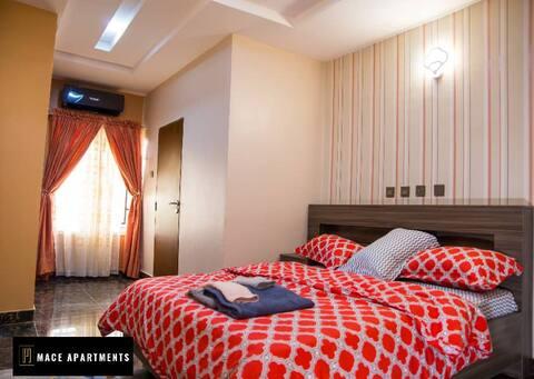 Mace perfect 3KingSizeBedroom +FreeWiFi Apartment