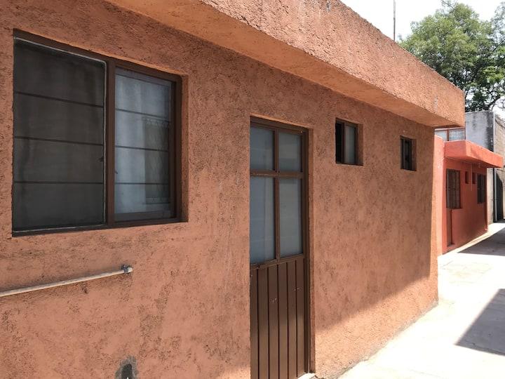 Habitación privada para 1-2 huéspedes.
