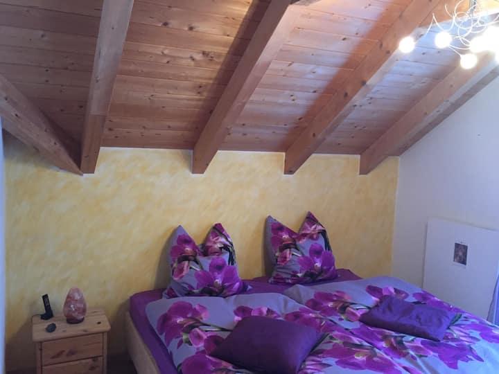 Gemütliches Zimmer im Naturpark Habichtswald