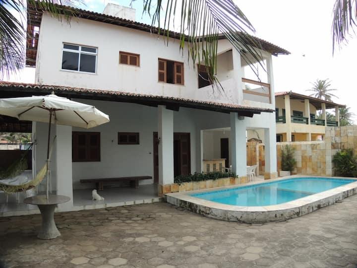 Casa de praia duplex de frente à praia
