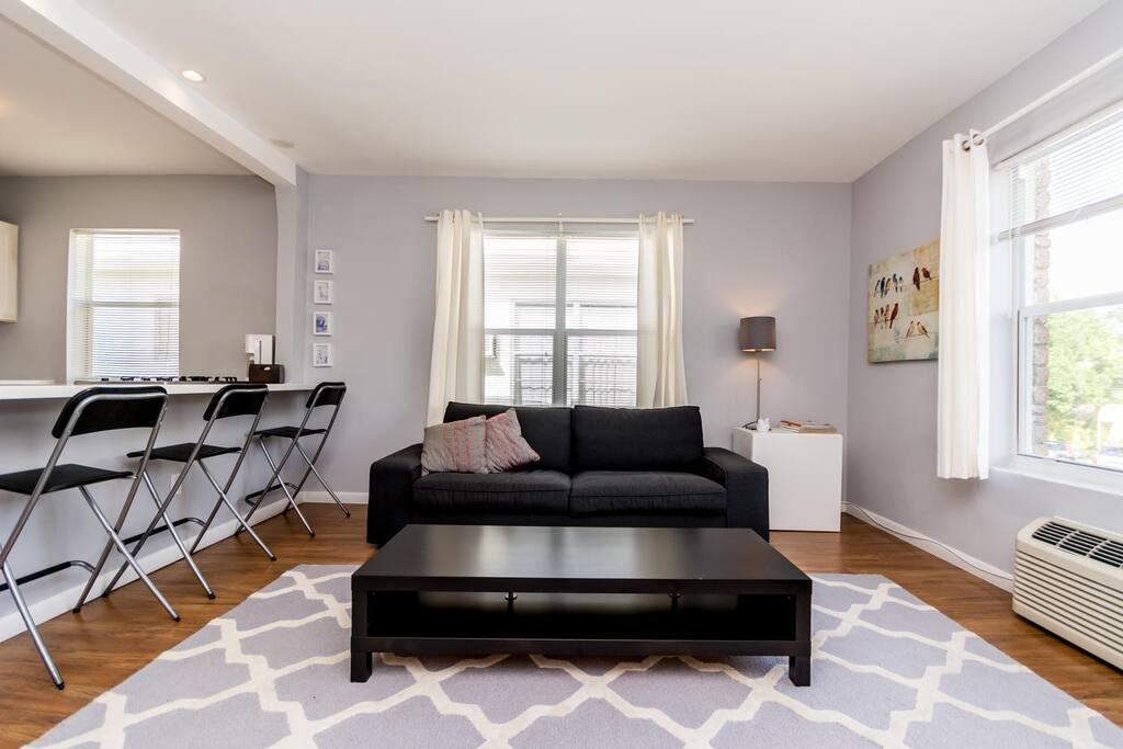 huge apt 4 blocks from the beach wohnungen zur miete in miami beach florida vereinigte staaten. Black Bedroom Furniture Sets. Home Design Ideas