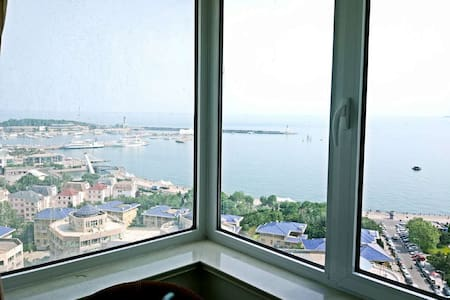 A room with Private Bathroom   98 meters from sea - Qingdao