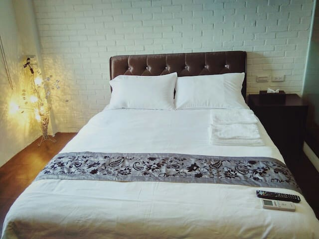 Luodong Night Market 10min, modern room - Luodong Township - Apartment