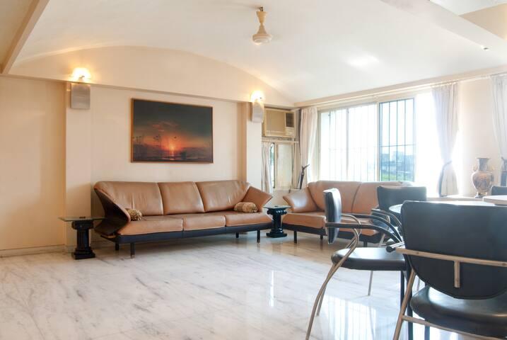 3bhk Furnished Home - Bandra West - Mumbai