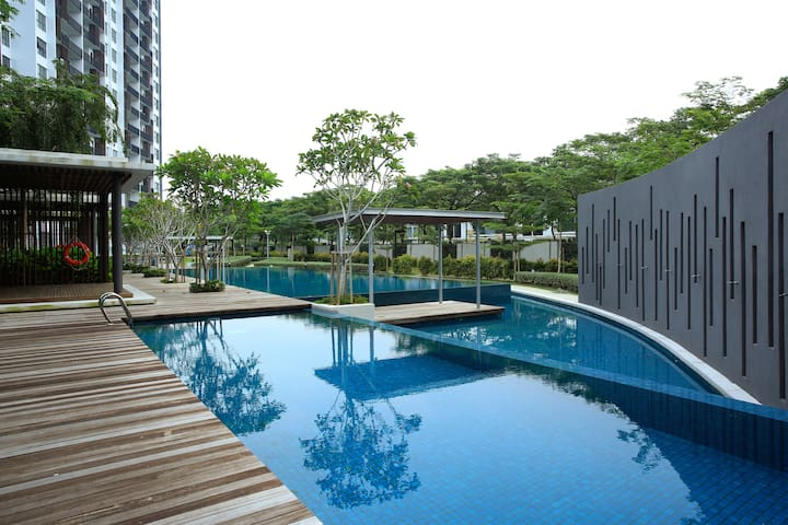 Resort Living @ WaterEdge Senibong Cove 1.3 - Masai - อพาร์ทเมนท์