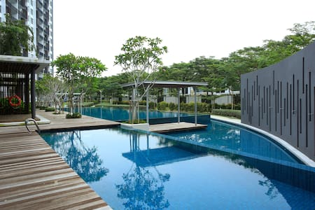 Resort Living @ WaterEdge Senibong Cove 1.3 - Masai - Huoneisto