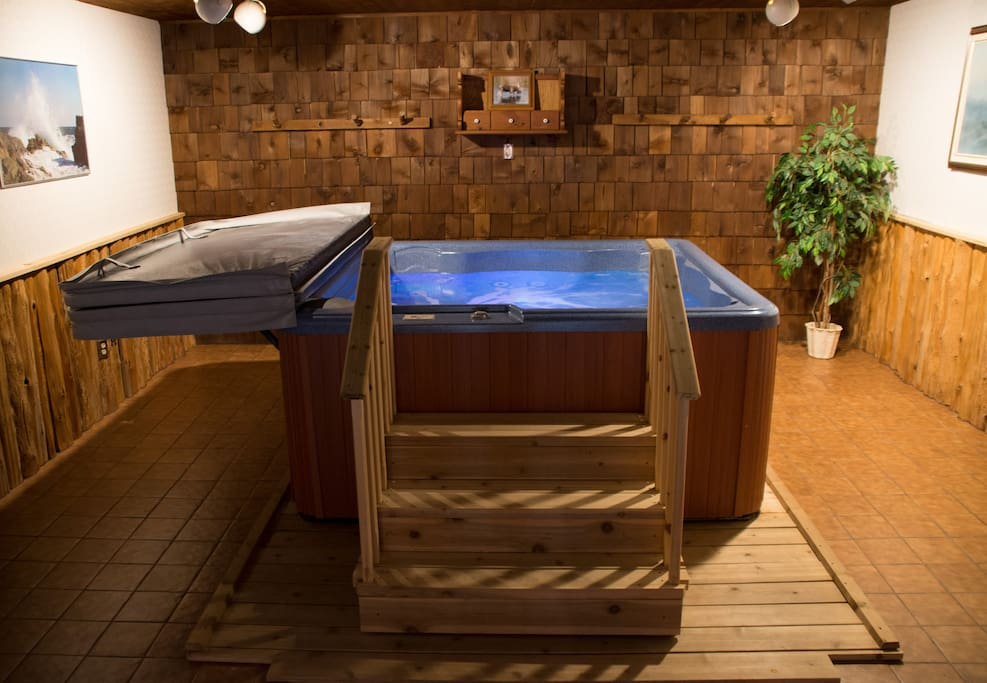 Private indoor hot-tub