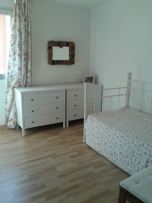 Playa Las Canteras Room To Rent Only