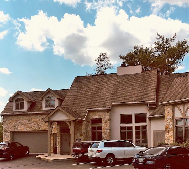 The Lodge at Cornerstone Inn