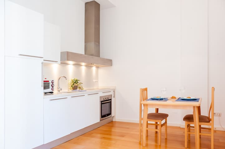 A Flat Full of Charm in The Main City