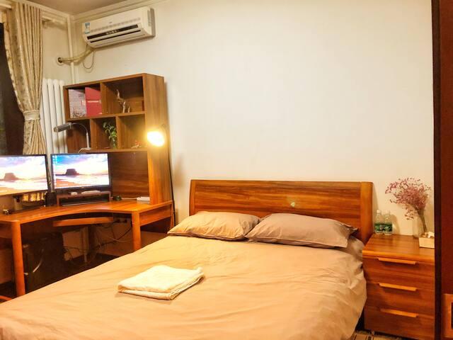 Cozy room by China Intel  Expo Center老国展三元西桥旁温馨大床房