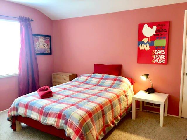 ☆Pasadena Bedroom in Cozy Neighborhood