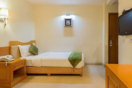 Rooms are  solo Travelars in  New Delhi - Bed & Breakfast